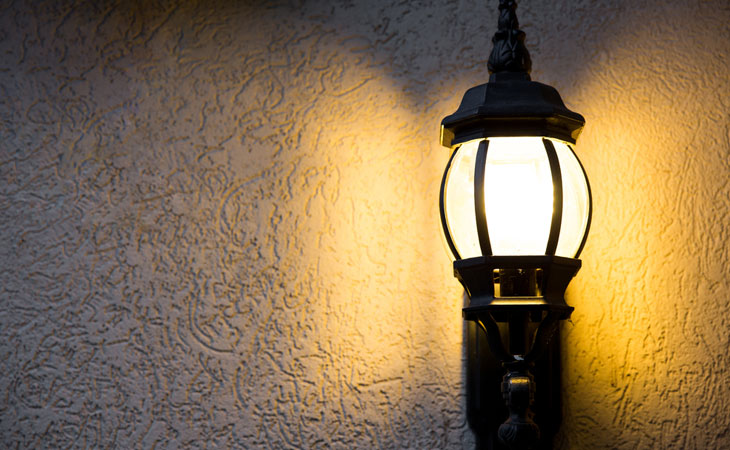 Benefits of having outdoor lighting for your home